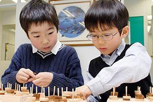 自分で考えられる子供になるように、思考力養成をします。成蹊小学校・桐朋学園・国立小学校受験に強い理由です。